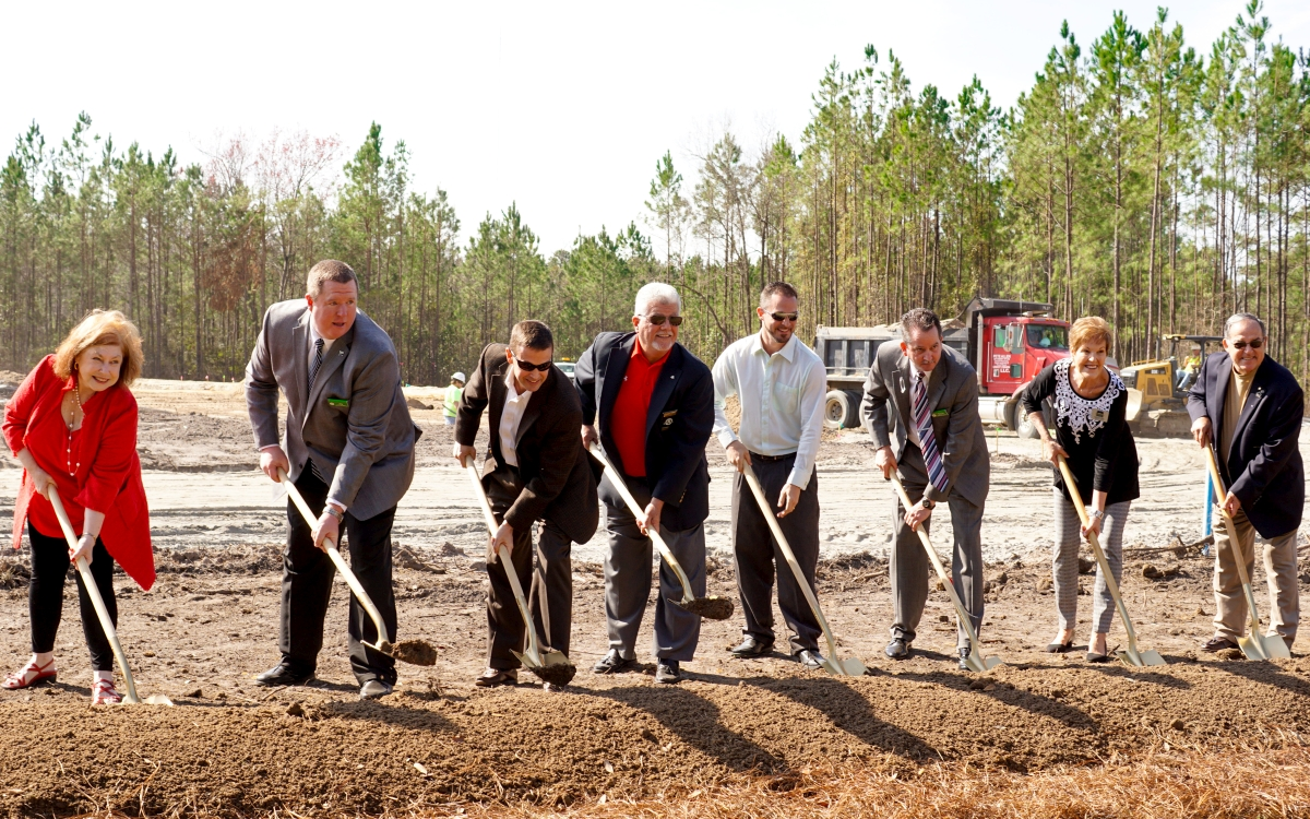 http://poolerchamber.com/wp-content/uploads/2017/02/Publix-GroundBreaking.jpg